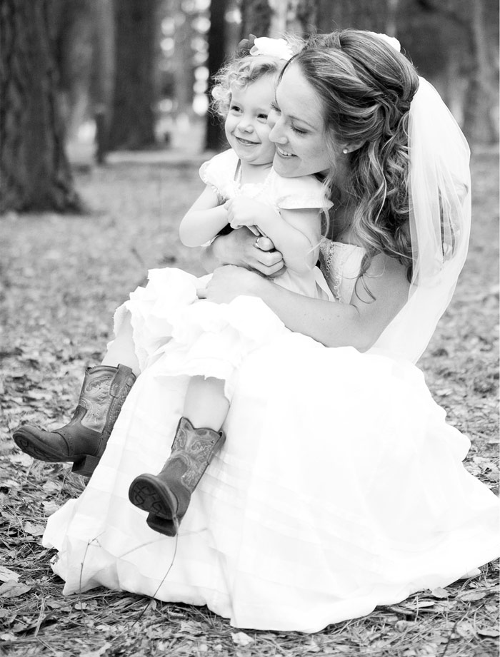 Bride and flower girl photo by David Pascolla Photography