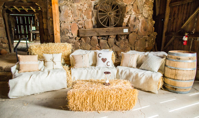 barn detail-santa margarita ranch wedding